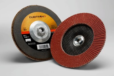 3M™ Cubitron™ II Flap Disc 967A, T27 7 in x 5/8-11 80+ Y-weight, 5 per case